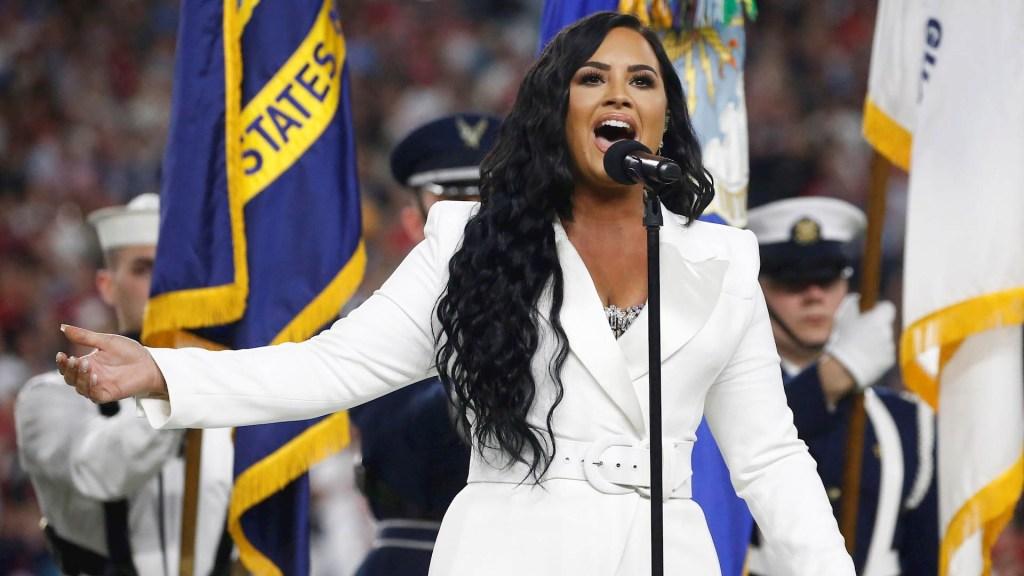Demi Lovato inaugura el Super Bowl con el Himno de EE.UU. - Demi Lovato NFL Super Bowl