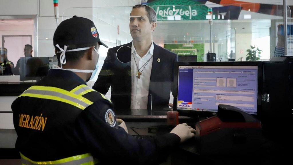 Denuncian desaparición de tío de Juan Guaidó tras aterrizar en Caracas - Denuncian desaparición de tío de Juan Guaidó tras aterrizar en Caracas