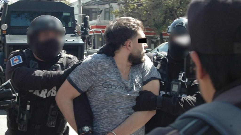 Detienen a 'El colocho' integrante de La unión Tepito, en Coapa - Foto de SSC