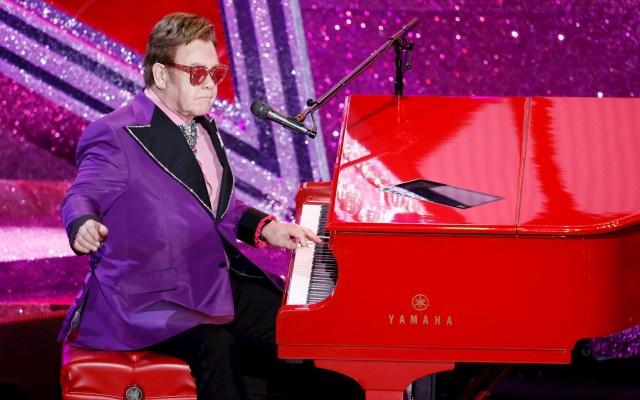 Elton John interpreta '(I'm Gonna) Love Me Again' en los Óscar - Elton John Óscar premios