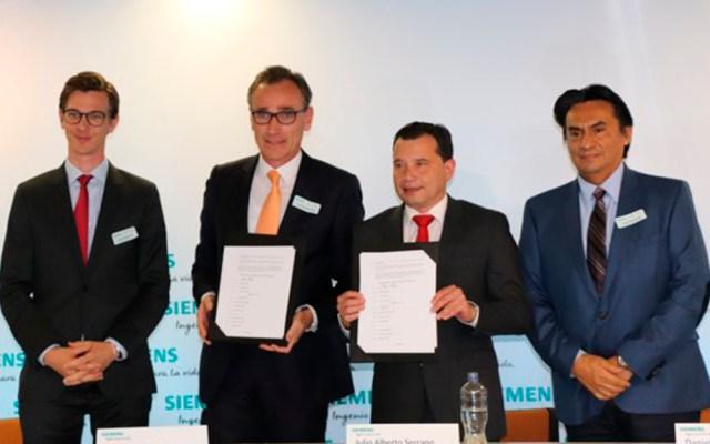Futuro empresarial de México depende de la educación dual - Firma del Memorándum de Entendimiento para impulsar la Educación Dual de jóvenes estudiantes mexicanos. Foto de @Siemens_Mexico