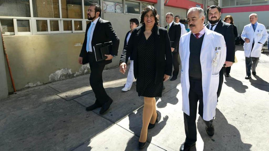 SFP llama a denunciar anomalías en institutos de salud - Irma Eréndira Sandoval inspección centros médicos