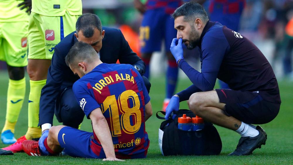 Barcelona confirma lesión de Jordi Alba