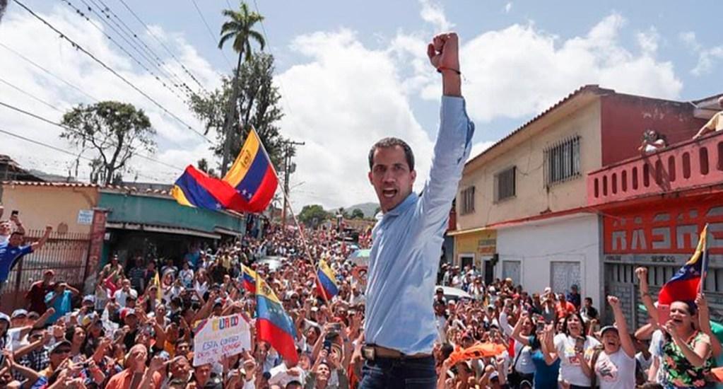 Guaidó acusa al gobierno de Maduro de infiltrar y matar a implicados en ataque por mar - Juan Guaidó en movilización en Venezuela