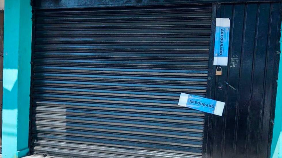 Aseguran en Morelos local que expedía placas y licencias de conducir falsas - Local asegurado en Morelos que expedía documentos vehiculares falsos. Foto de @Fiscalia_Mor
