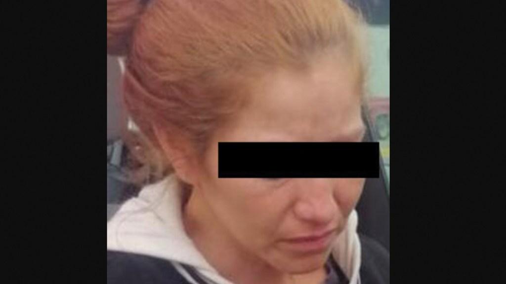 Detienen a mujer que intentó regalar a su hijo en Piedras Negras - Foto de Twitter