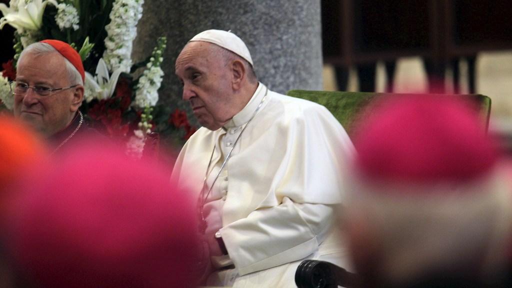 Hipócritas los países que hablan de paz y venden armas, condena el papa Francisco - Papa Francisco I