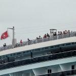 Esperan resultados médicos para bajar a pasajeros de crucero en Cozumel