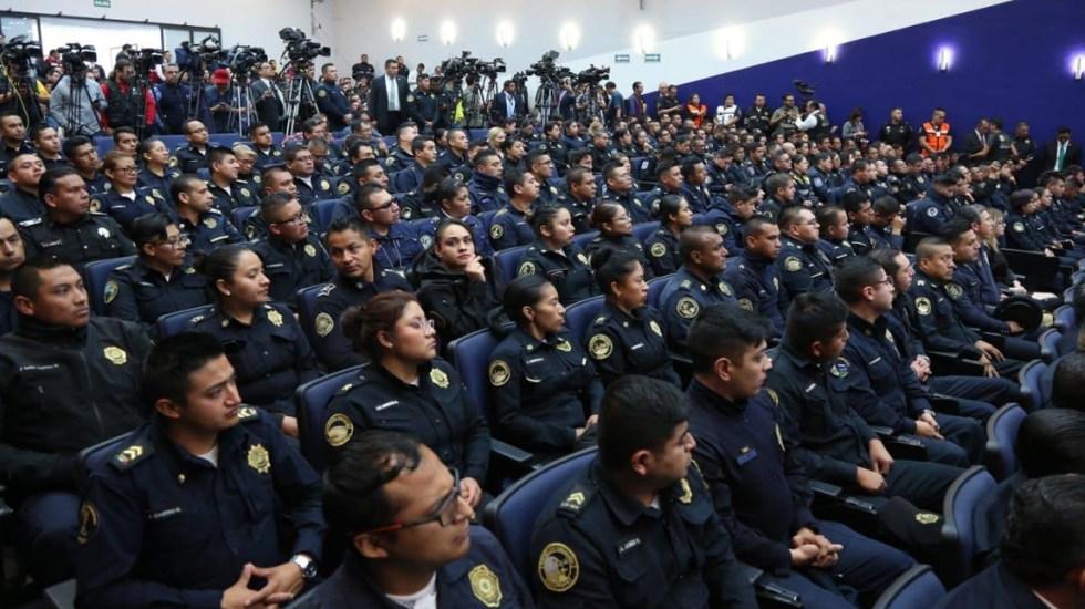 SCJN capacitará a policía capitalina en principios constitucionales en seguridad - Policías en la inauguración del Curso Estándares Constitucionales en Materia de Seguridad Pública. Foto de @Claudiashein