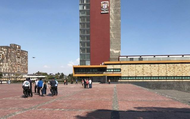 Concluye protesta de alumnos del CCH Azcapotzalco en Rectoría - Foto de W Radio