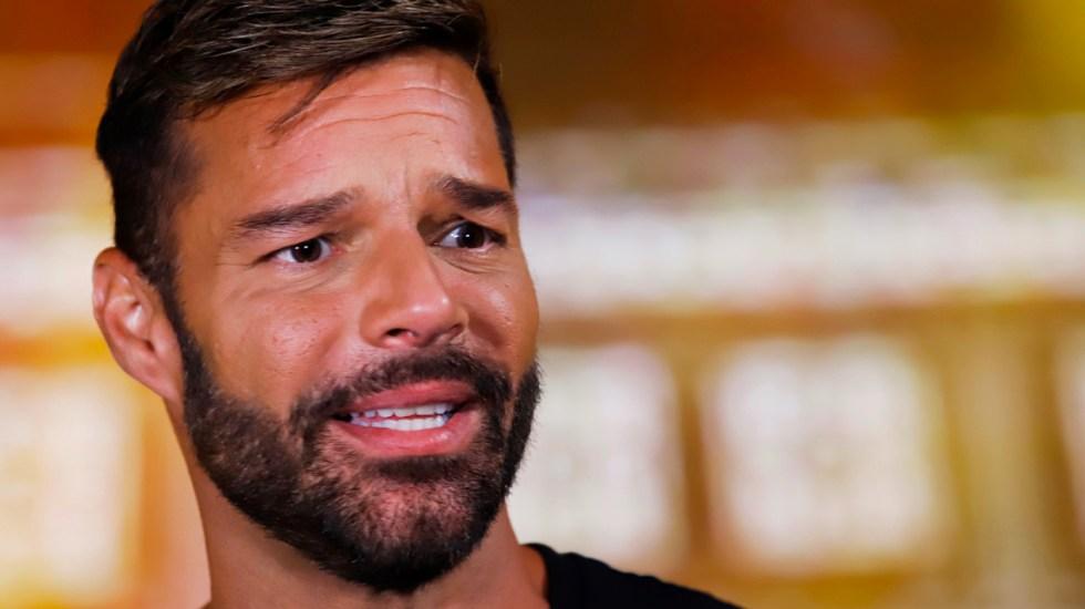 """Las terapias de conversión son un """"tipo de tortura"""", critica Ricky Martin - La Fundación Ricky Martin anunció que ayudará a la continuidad de la educación de los menores afectados por los sismos en Puerto Rico con el proyecto"""