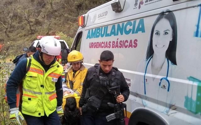 Auxilian a dos menores lesionados tras derrumbe en Michoacán - Salud Michoacán Morelia menores rescatados reserva natural