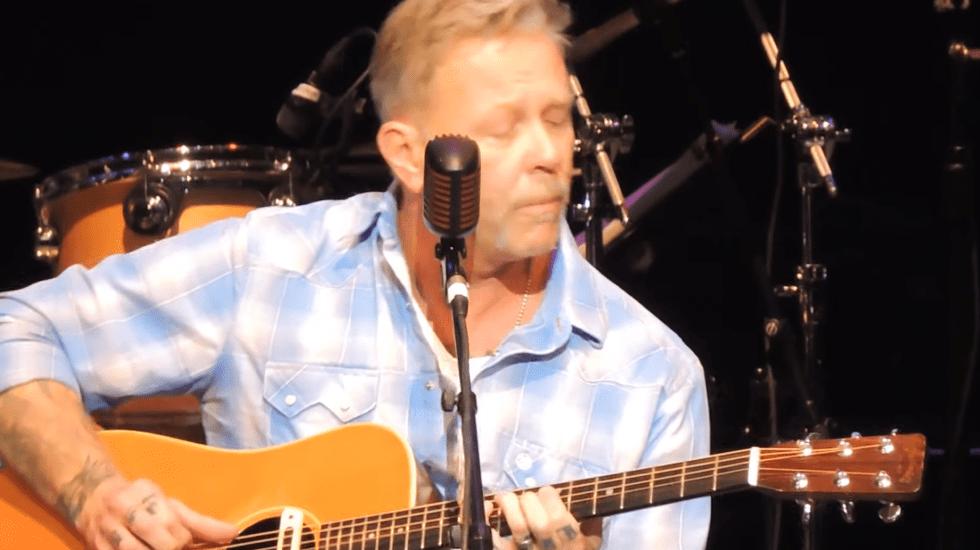 Vocalista de Metallica vuelve a los escenarios tras ingresar a rehabilitación - Captura de pantalla