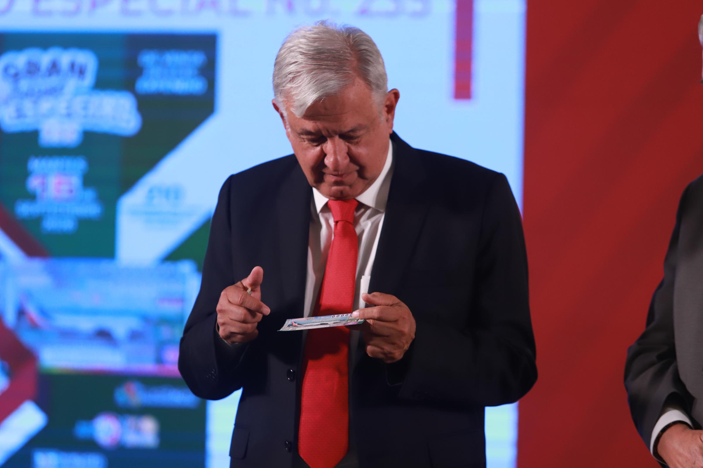 El presidente Andrés Manuel López Obrador, durante su conferencia matutina. Foto de Notimex-Gustavo Durán.