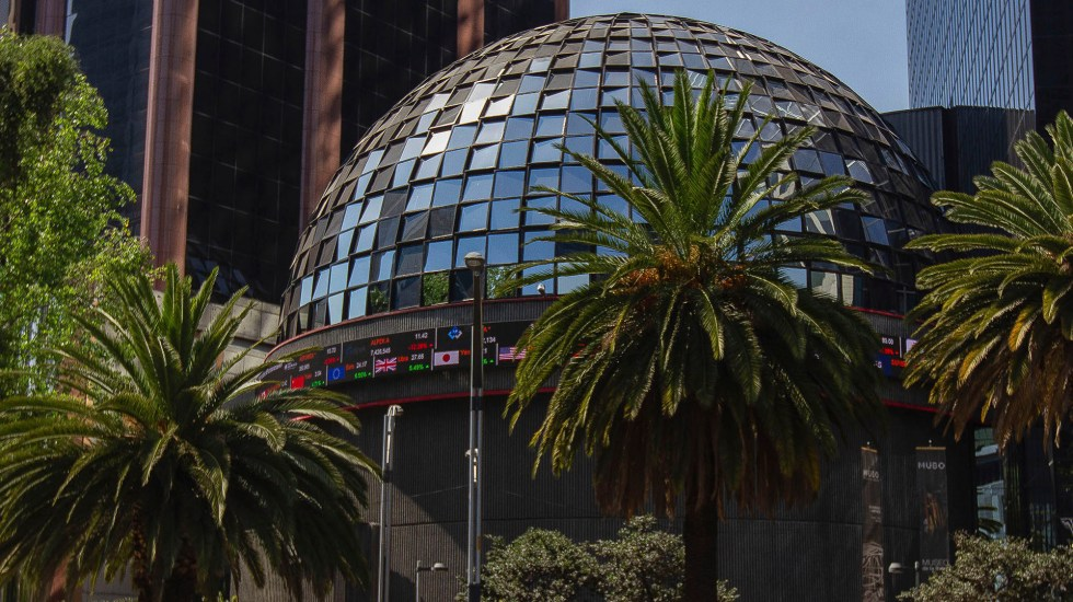 BMV gana 0.83 por ciento y cierra con ganancia semanal de 0.53 por ciento - Bolsa Mexicana de Valores (BMV)