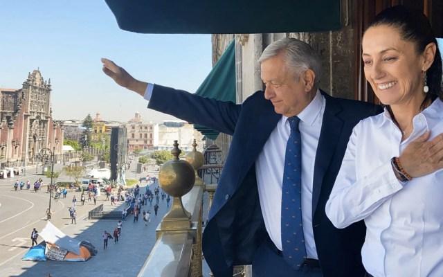 """""""Con sana distancia"""" López Obrador sostiene reunión con Sheinbaum - Claudia Sheinbaum AMLO Andrés Manuel López Obrador"""