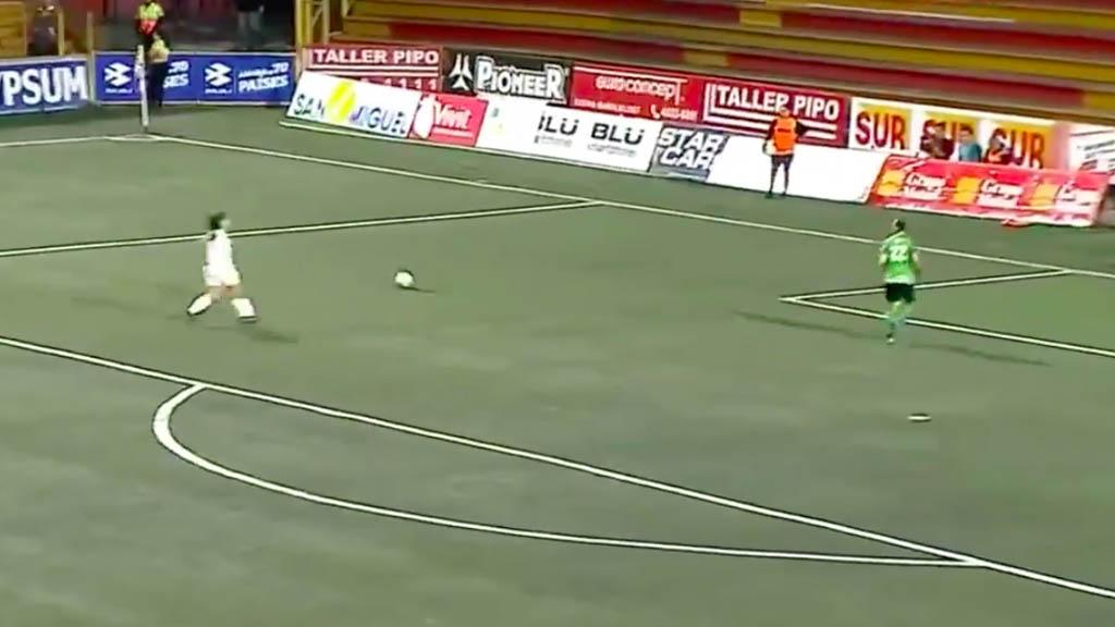 #Video Sismo sorprende a comentaristas durante partido en Costa Rica - Costa Rica partido sismo temblor comentaristasCosta Rica partido sismo temblor comentaristas
