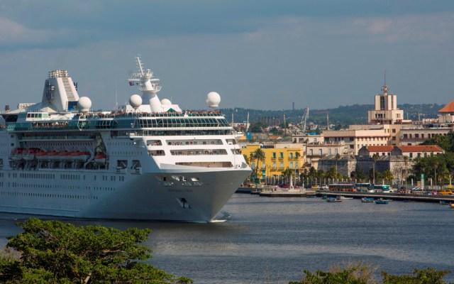 Royal Caribbean suspende cruceros un mes por COVID-19 - Se trata de una medida similar a la tomada por Norwegian Cruise Lines, que suspendió sus cruceros hasta el 11 de abril