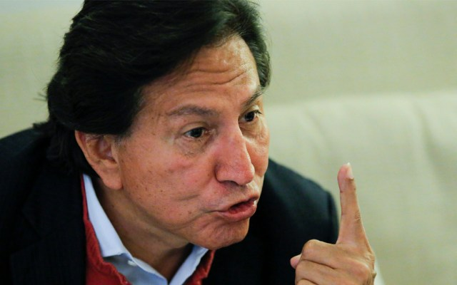 Conceden en EE.UU. libertad bajo fianza a expresidente de Perú por COVID-19 - La justicia estadounidense concedió la libertad bajo fianza al expresidente peruano Alejandro Toledo por la pandemia de coronavirus