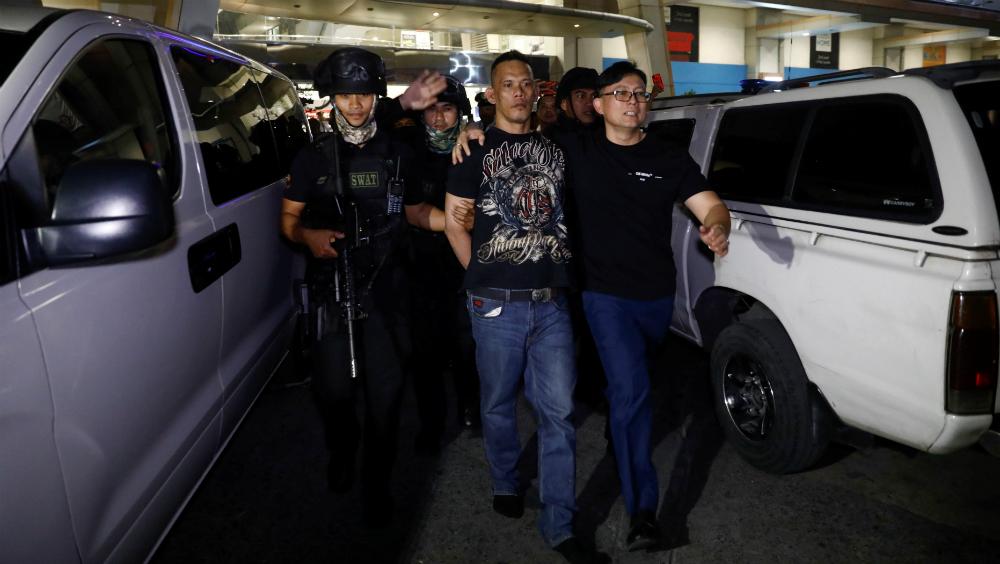 Hombre armado mantiene a 30 rehenes en centro comercial de Filipinas - Foto de EFE