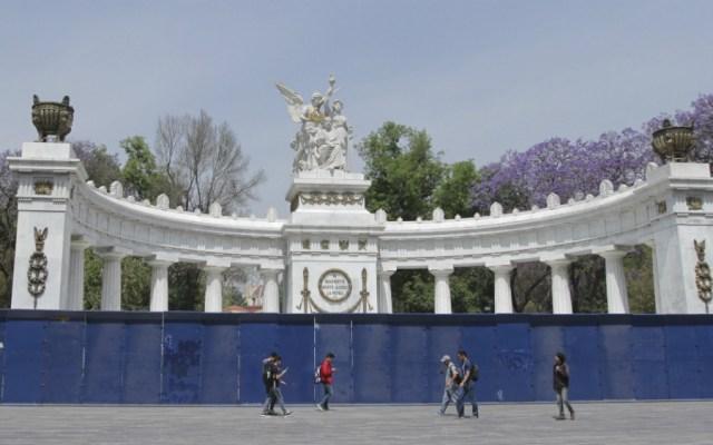 Protegen monumentos del Centro Histórico previo a marchas del domingo - Foto de Notimex