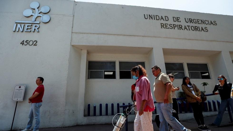 México es más vulnerable a COVID-19 por prevalencia de enfermedades crónicas - Pacientes con enfermedades respiratorias asisten al Instituto Nacional de Enfermedades Respiratorias ubicado en Ciudad de México. Foto de EFE/José Méndez