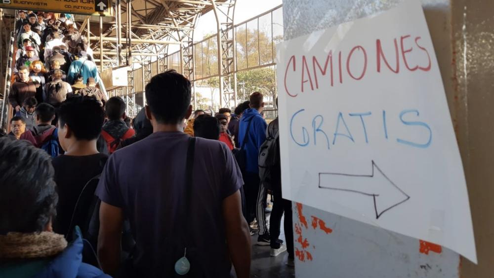 Cerradas por tercer día consecutivo tres estaciones de la Línea 5 del Metro - Foto de @ElBigDataMx