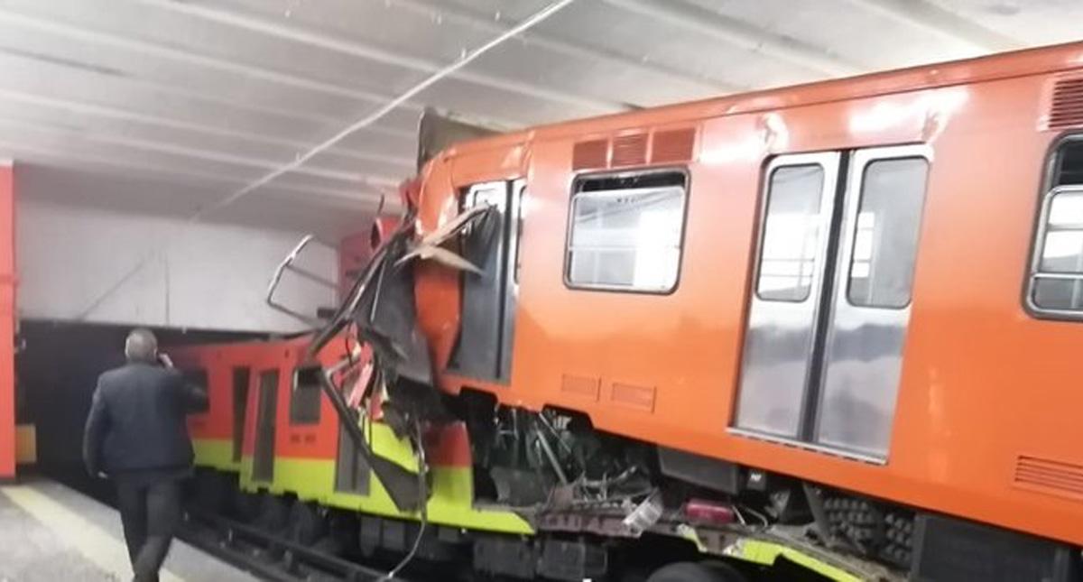 El cuerpo sin vida de la víctima presentaba diversas lesiones visibles en el torso y cara; viajaba en el último vagón del tren que se deslizó en reversa