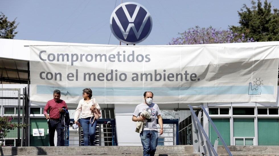 Volkswagen de México extiende a junio reinicio de operaciones - Volkswagen Puebla paro
