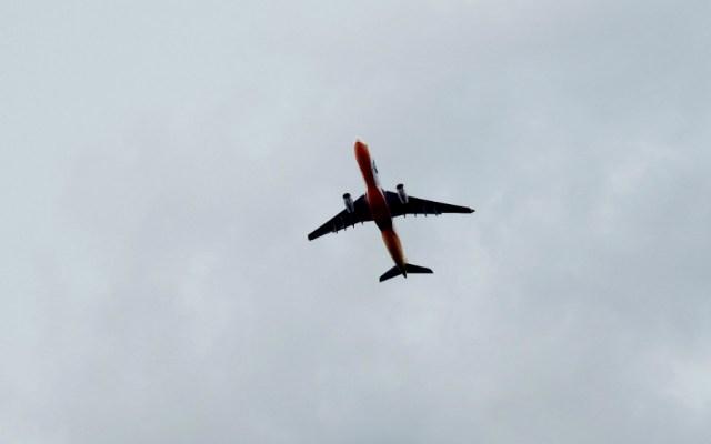 Gobernador de Guerrero solicita suspender vuelos procedentes de Tijuana por COVID-19 - Foto de KT para Unsplash