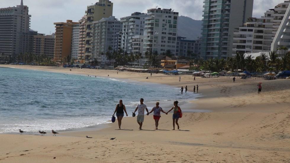 Por primera vez hay cero ocupación hotelera en Guerrero, confirma Héctor Astudillo - Las playas de Acapulco, Guerrero. Foto de Notimex-Especial.