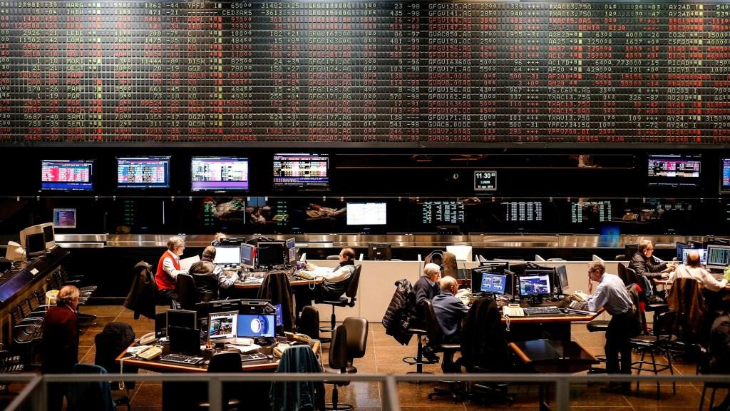 Argentina ofrece reestructurar deuda con bonos que vencen hasta 2047 - Bolsa Buenos Aires