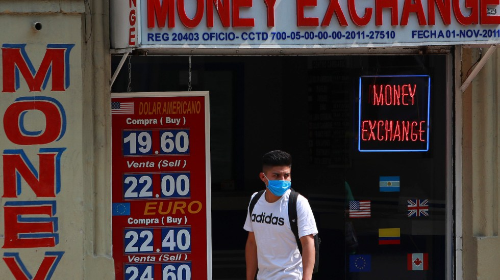 """BID advierte """"shock de proporciones históricas"""" en América Latina por COVID-19 - El Banco Interamericano de Desarrollo (BID) advirtióque América Latina y el Caribe sufrirán una fuerte reducción de su crecimiento a consecuencia del COVID-19"""