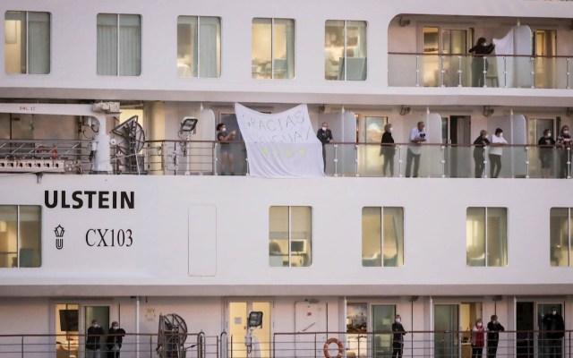 Desembarcan en Uruguay 112 pasajeros de crucero australiano con afectados de COVID-19 - Crucero Greg Mortimer Australia Uruguay