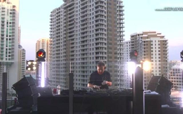 Concierto de David Guetta en línea para recaudar fondos contra COVID-19 - El DJ francés ofrece este sábado un concierto desde un departamento en Miami, Florida con el que busca recaudar fondos para ayudar al personal sanitario