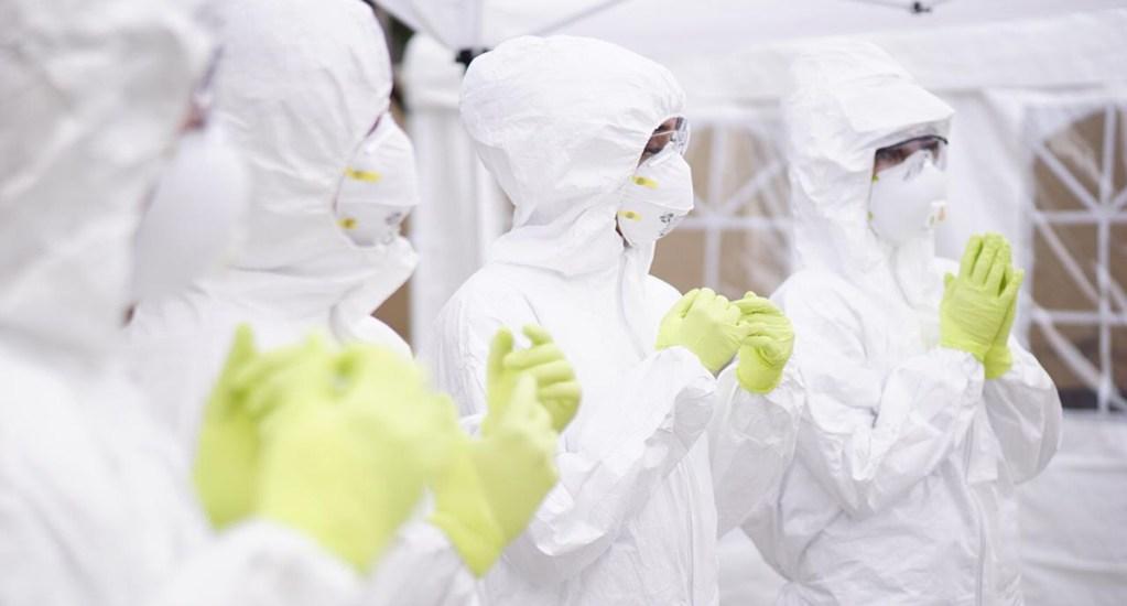 Preparan nuevo laboratorio de pruebas de COVID-19 en Coahuila - Entrega de equipos de protección contra COVID-19 a personal sanitario de Coahuila. Foto de @GobDeCoahuila