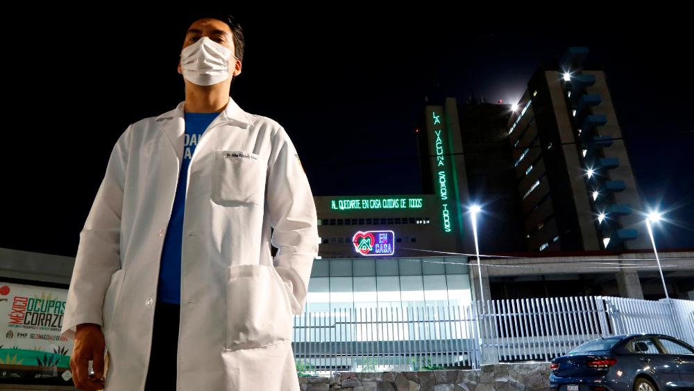 Llama OPS a proteger a trabajadores de la salud ante COVID-19 - Foto de Notimex