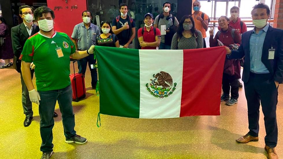 Arriban a México 161 connacionales varados en Bolivia y Perú - Mexicanos varados Bolivia Perú coronavirus COVID-19