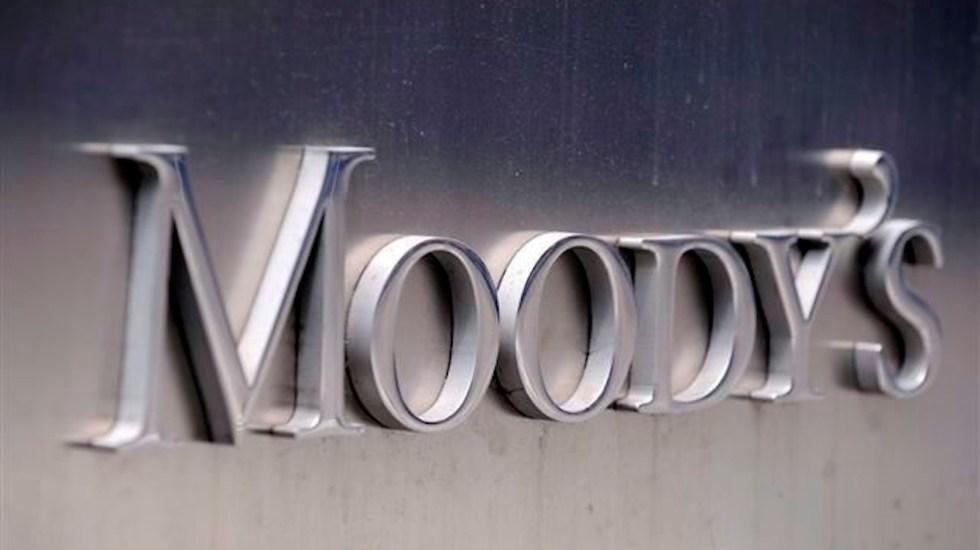 Moody's baja calificaciones de Pemex y afirma perspectiva negativa de CFE - Moody's, agencia calificadora internacional. Foto de EFE