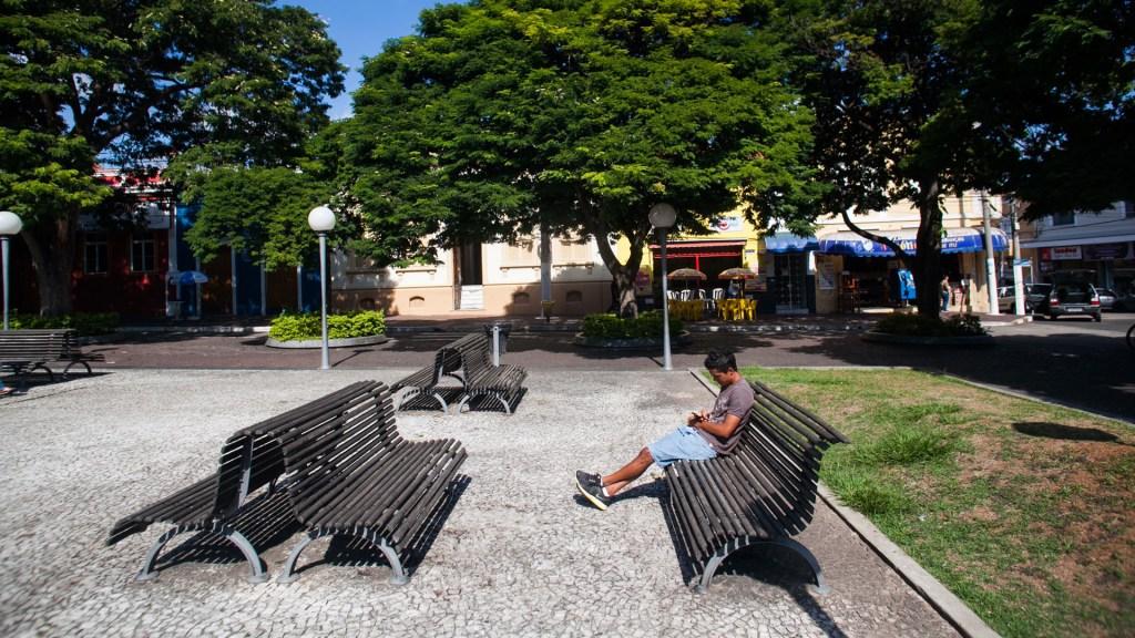 Sao Paulo reabrirá de forma 'gradual' la economía el 11 de mayo - Parque de Sao Paulo semi vacío ante cuarentena por COVID-19. Foto de @governosp