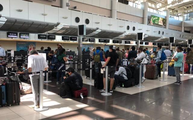 SRE insta a mexicanos en el extranjero a aprovechar últimos vuelos por COVID-19 - Retorno de mexicanos. Foto de @SRE_mx