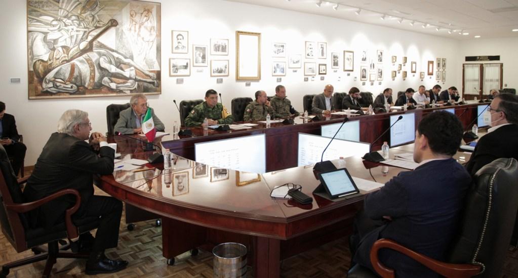 Gabinete Federal refuerza estrategia contra el coronavirus - Reunión del Gabinete Federal sobre situación del COVID-19. Foto de @lopezobrador_