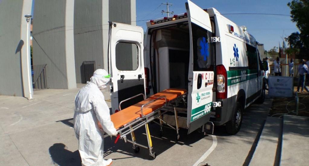 Trabajadores de la Salud reciben terapia psicológica por temor al COVID-19 - Ambulancia hospital COVID-19 coronavirus Guadalajara