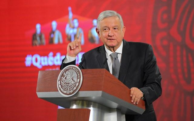 """López Obrador mandó limpiar la silla presidencial por """"estar embrujada"""" - Foto de Notimex"""