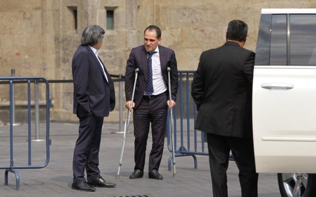 ¿Por qué Arturo Herrera fue con muletas a Palacio Nacional? - Arturo Herrera Secretario de Hacienda y Crédito Público
