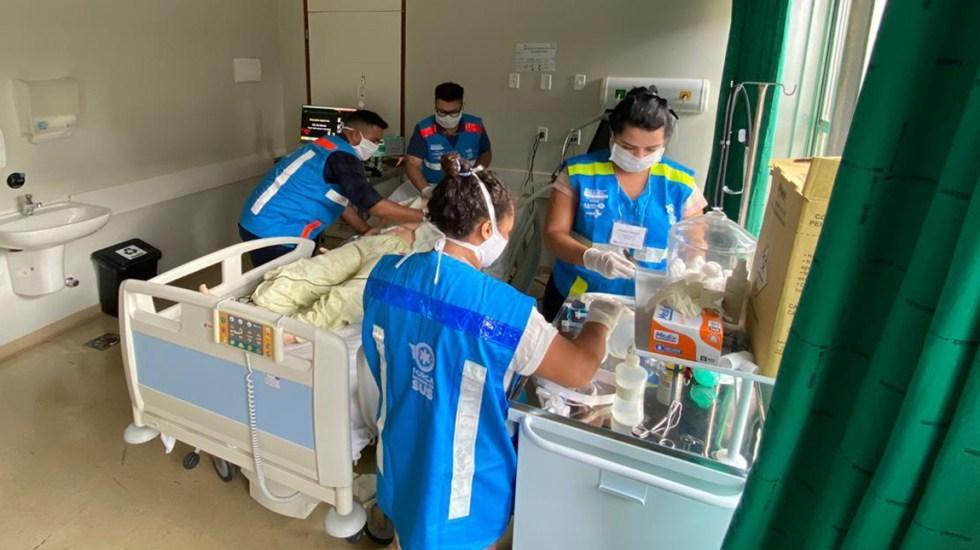 Bolsonaro extiende uso de la cloroquina para tratar el COVID-19 - Atención de paciente con COVID-19 en Brasil. Foto de @minsaude