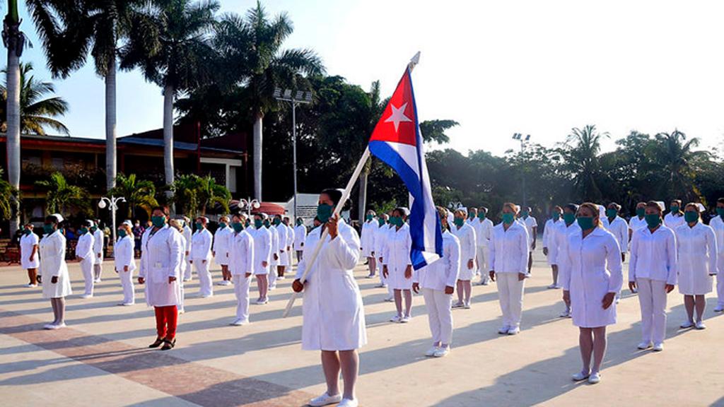 Médicos cubanos apoyan a México en lucha contra COVID-19 - Brigada Henry Reeve compuesta por 100 enfermeros. Foto de Ministerio de Salud Pública de Cuba