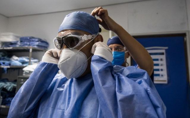 Alertan que mascarillas y guantes para protegerse del COVID-19 tardarán años en degradarse - Foto de Notimex