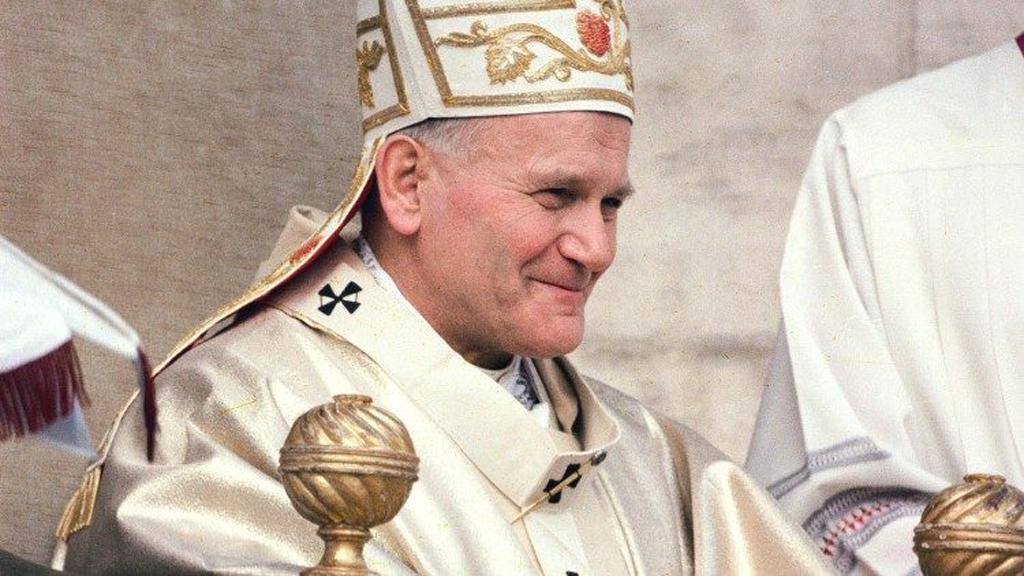 Papa Francisco asegura que Juan Pablo II fue un 'regalo' para la Iglesia - El papa Juan Pablo II durante misa por el inicio del su pontificado en 1978. Foto de Vatican News