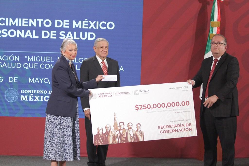 Instituto para Devolver al Pueblo lo Robado entrega 250 mdp para condecoración Miguel Hidalgo - Foto de Notimex